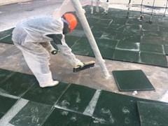 Монтаж резиновой плитки